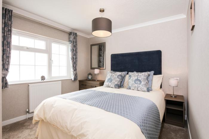 omar mobile homes guest bedroom Organford Park Homes Dorset